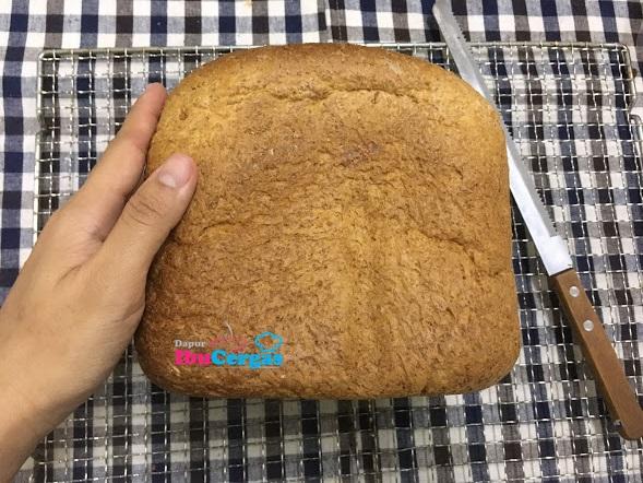 Resepi Roti Wholemeal Gebu Gebas Dan Mudah Guna Breadmaker